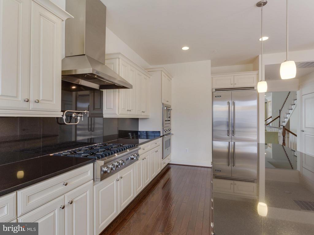 Kitchen with Viking Appliances - 4526 WESTHALL DR NW, WASHINGTON