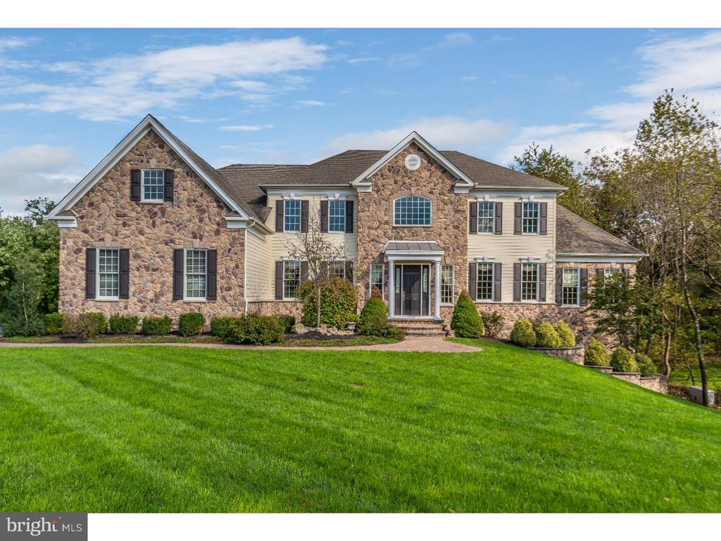 10  HOLME COURT, Newtown, Pennsylvania