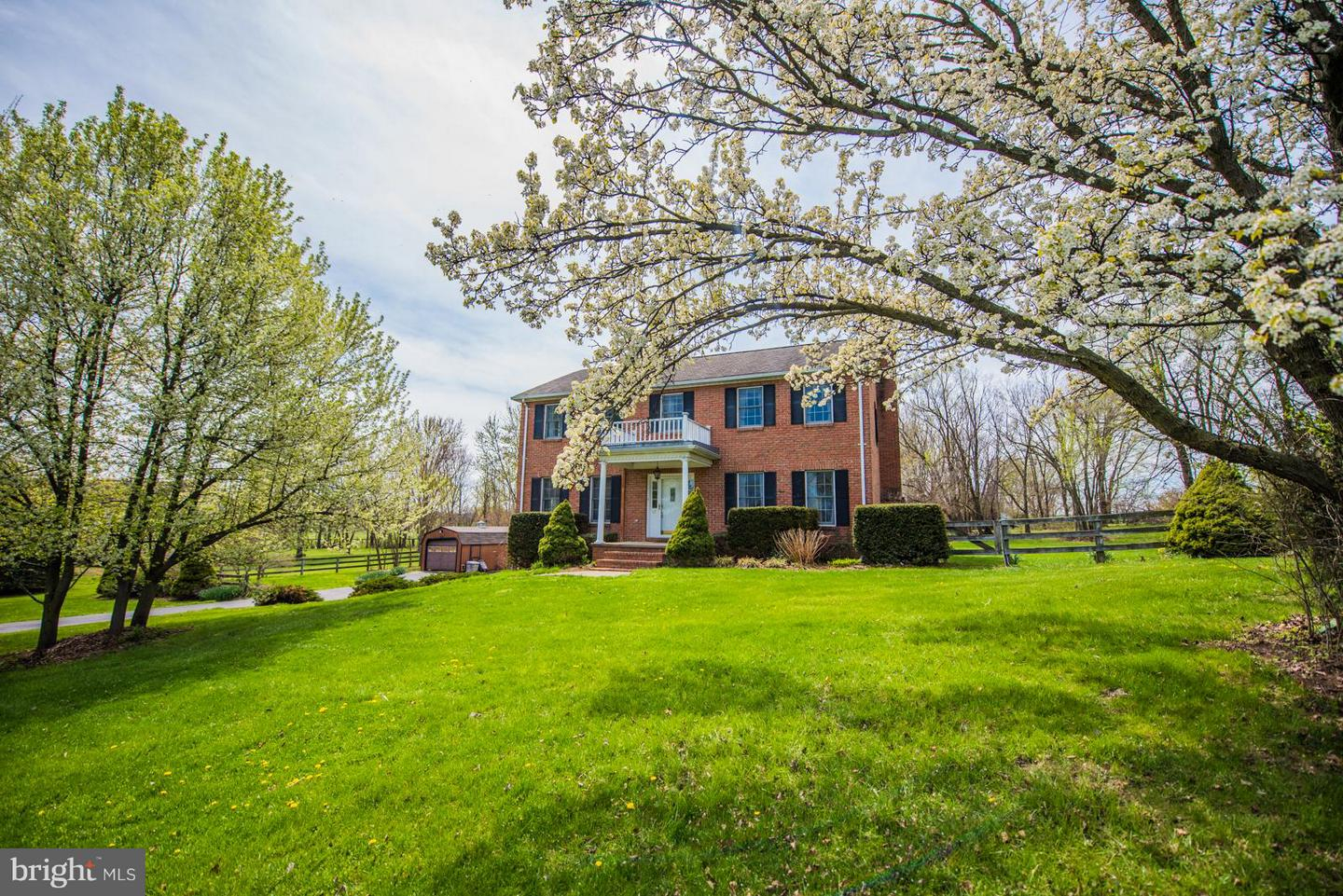 Single Family for Sale at 82 Fosters Cir Shenandoah Junction, West Virginia 25442 United States