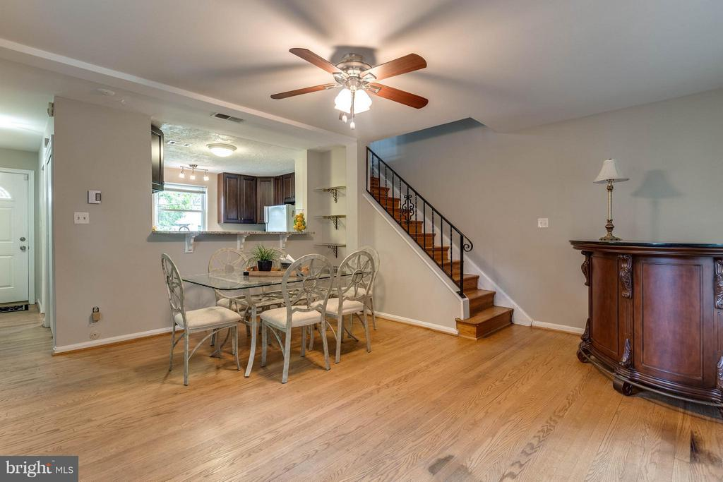Dining and Family Room Freshly Painted - 240 BURGESS AVE, ALEXANDRIA