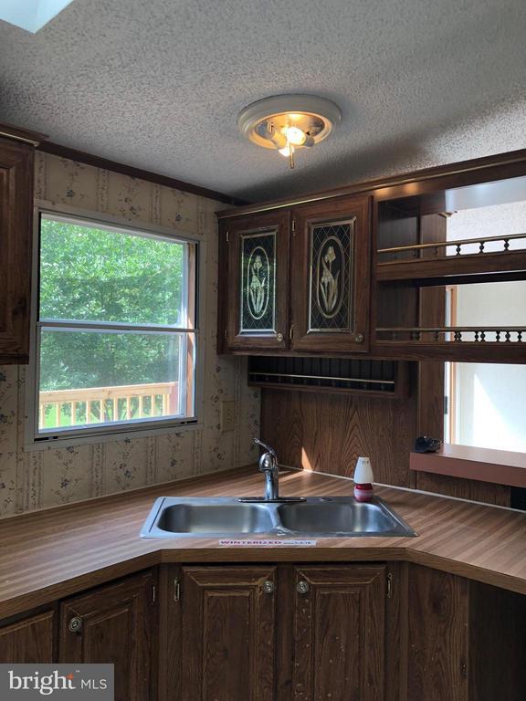 Kitchen - 7724 RICHMOND RD, SPOTSYLVANIA