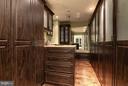 Custom Master Closet - 7019 NATELLI WOODS LN, BETHESDA
