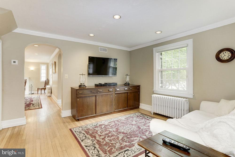 Living Room - 9300 COLESVILLE RD, SILVER SPRING