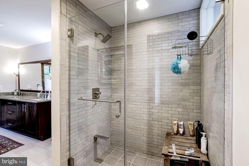 Luxurious shower with custom tile adds to the feel - 2900 27TH ST N, ARLINGTON
