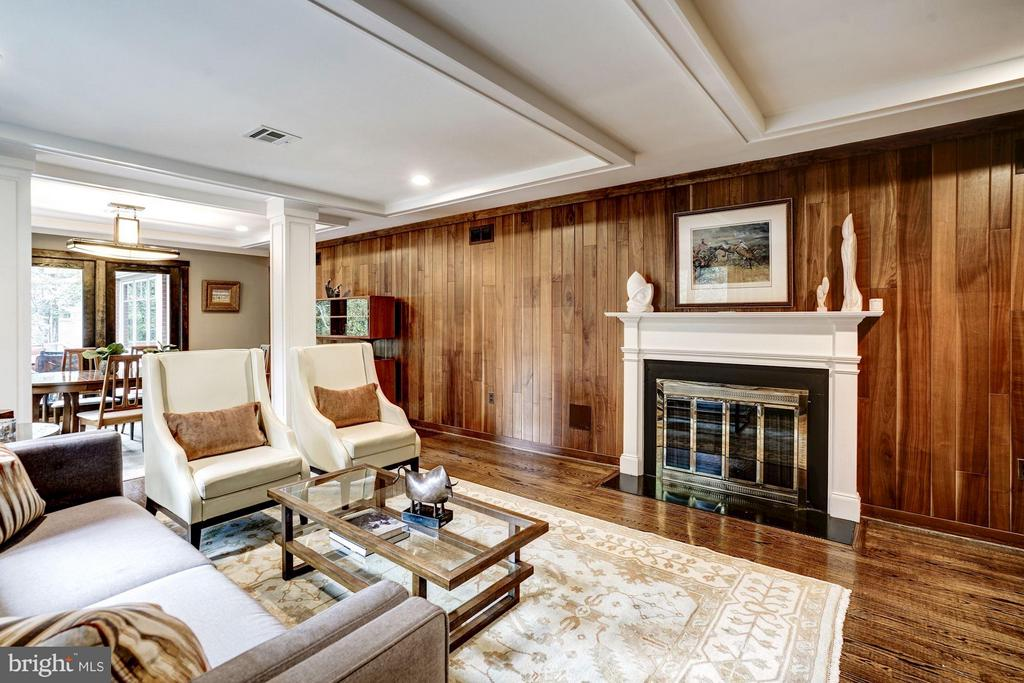 Original features give character and style - 2900 27TH ST N, ARLINGTON
