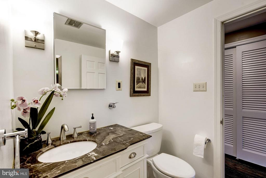 high end and environmentally conscious finishes - 2900 27TH ST N, ARLINGTON