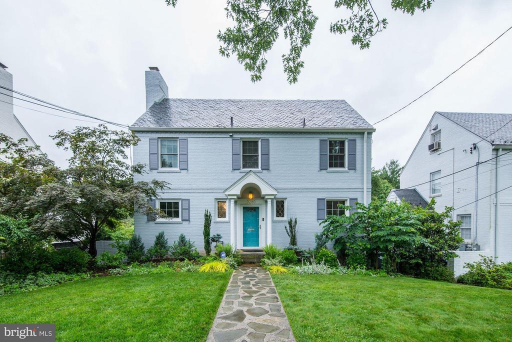Exterior (Front) - 3280 CHESTNUT ST NW, WASHINGTON