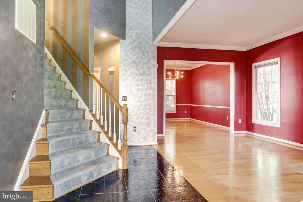 Foyer - 1204 N NELSON ST, ARLINGTON