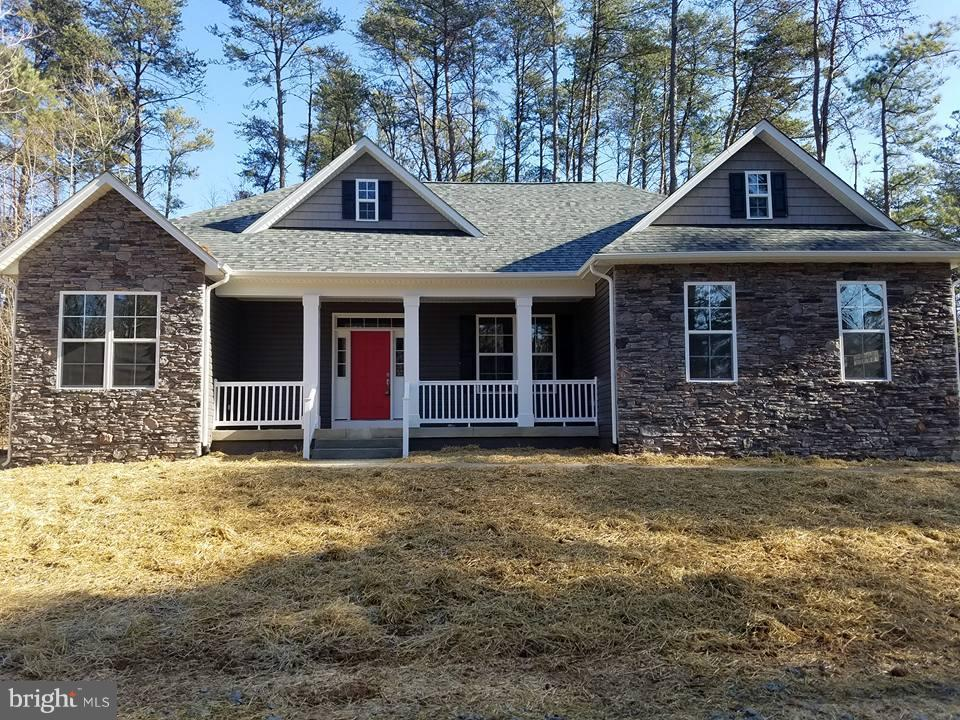 Single Family for Sale at 420 Pocahontas Dr Ruther Glen, Virginia 22546 United States