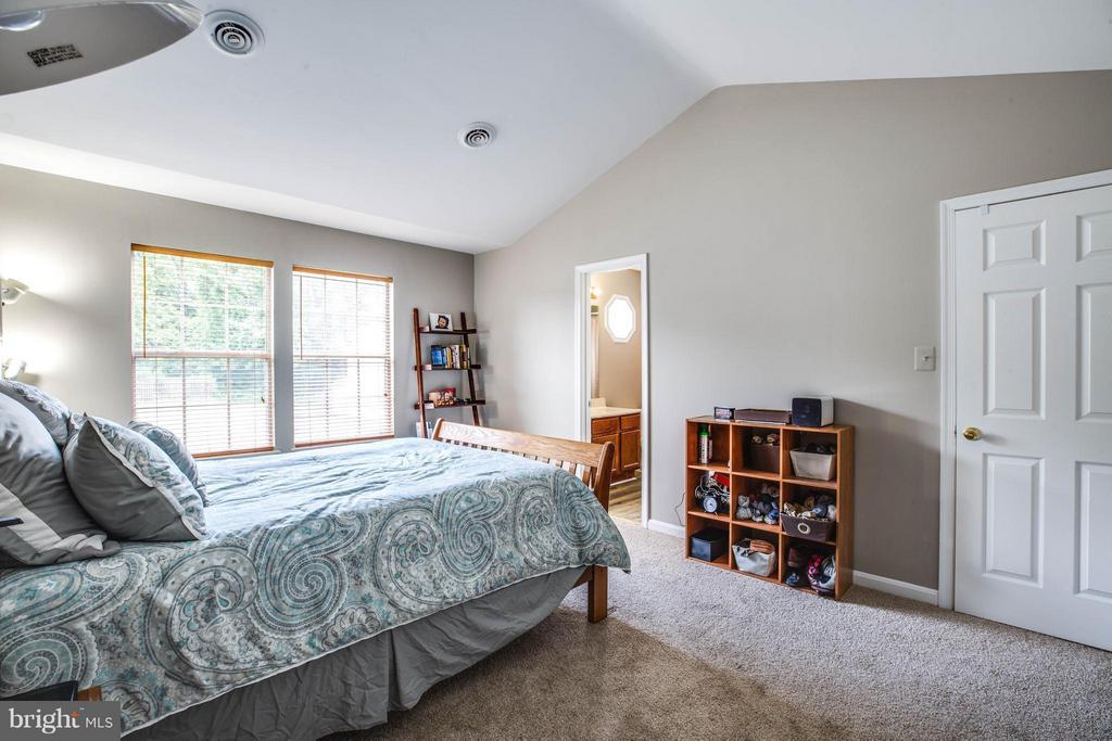 Bedroom (Master) - 611 WIND RIDGE DR, STAFFORD