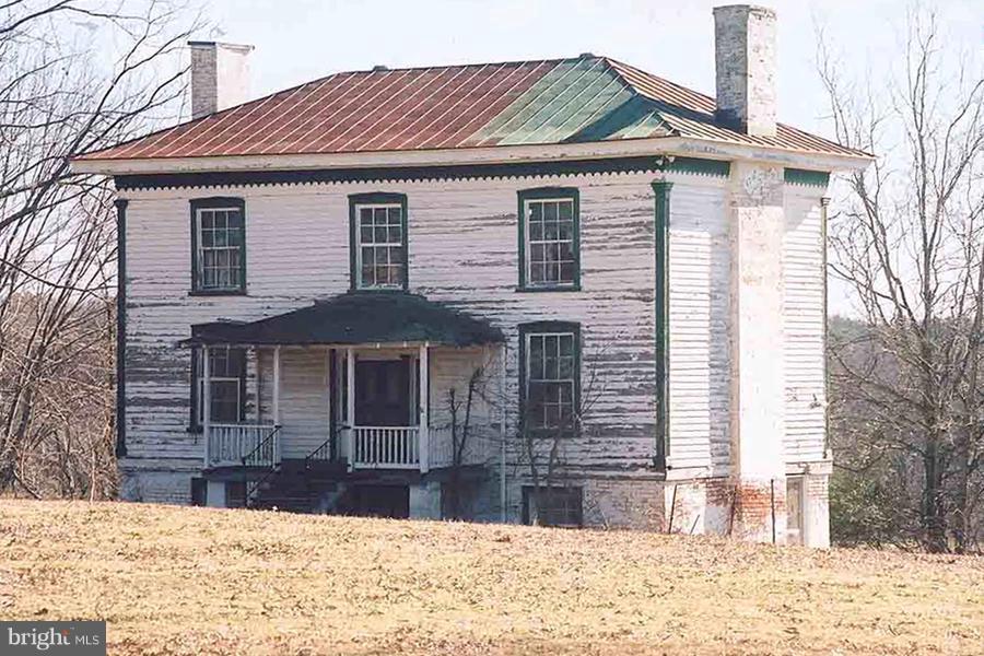 Photo of home for sale at 10074 Gordon Avenue, Gordonsville VA