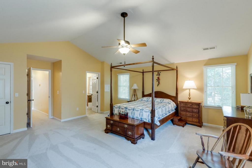 Bedroom (Master) - 6410 PROSPECT ST, FREDERICKSBURG