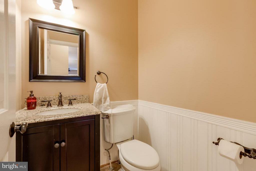 Downstairs Powder Bathroom - 6410 PROSPECT ST, FREDERICKSBURG