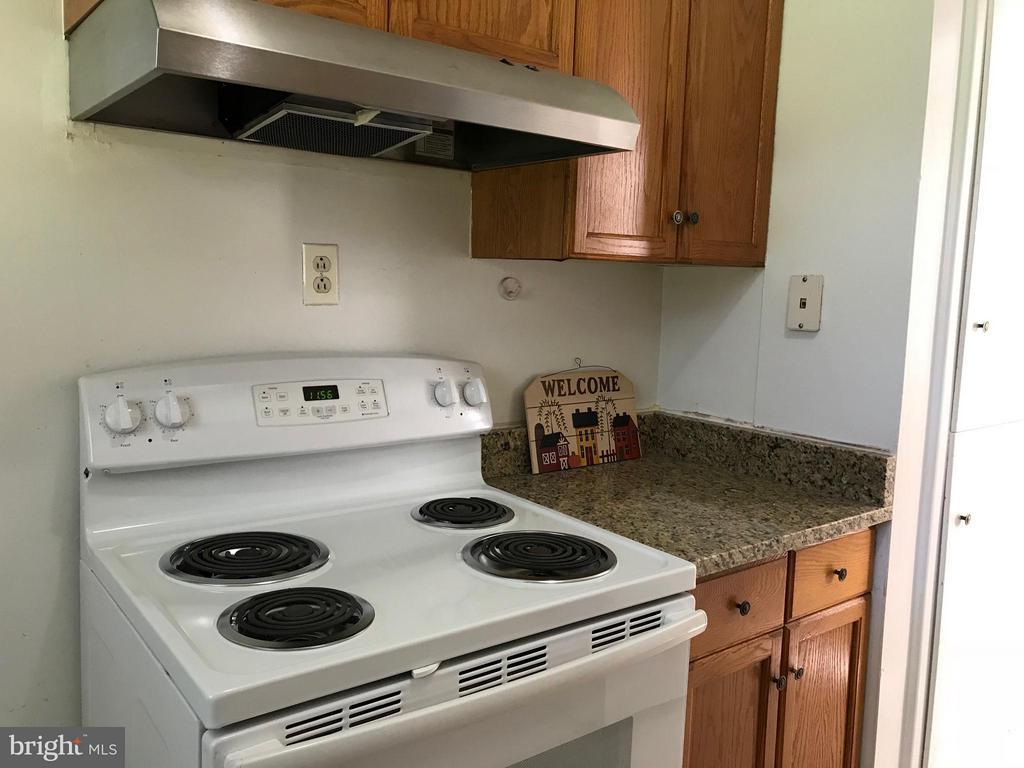 new stove - 710 1ST ST, ROCKVILLE