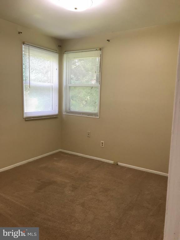 2nd bedroom - 710 1ST ST, ROCKVILLE