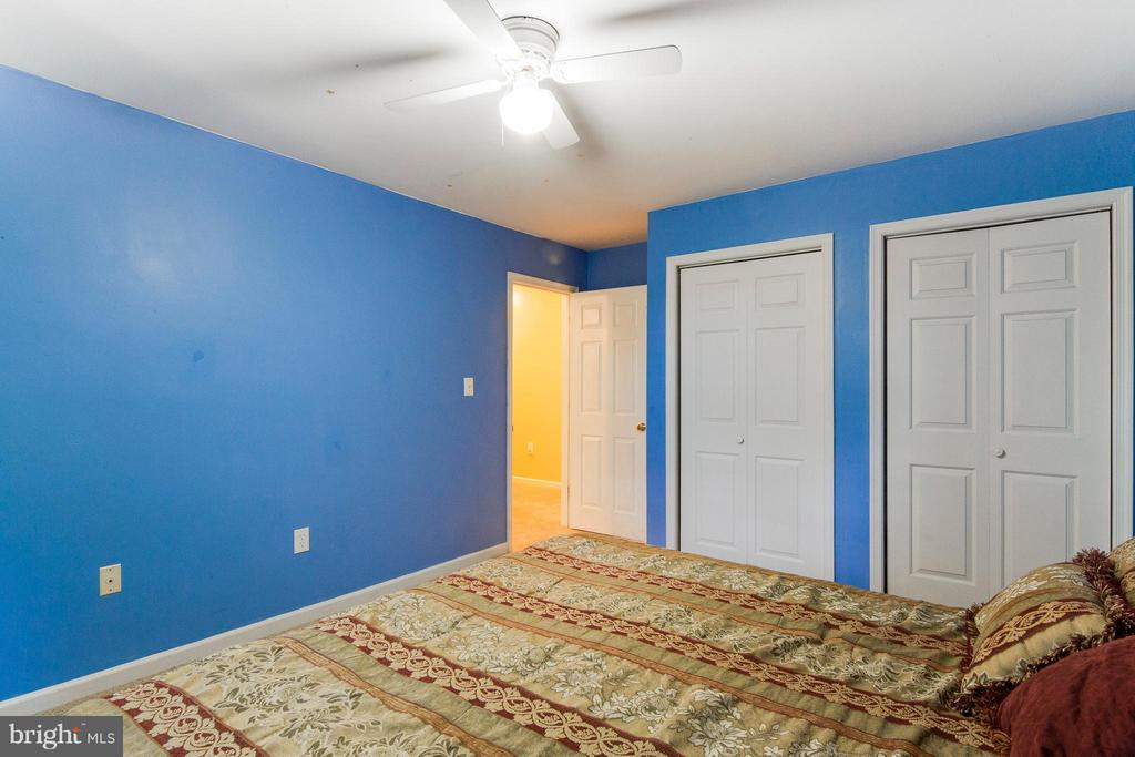 Borrow one of the two closets for owner's suite! - 4087 CAMELOT CT, DUMFRIES