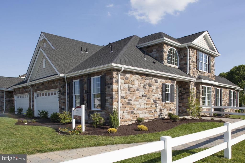 663  ALLEGIANCE DRIVE  308, Manheim Township in LANCASTER County, PA 17543 Home for Sale