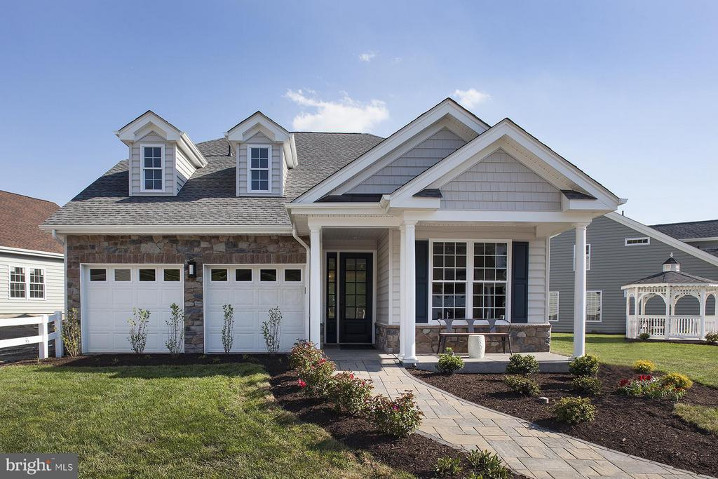 1008  PRESIDENTS DRIVE  18, Manheim Township, Pennsylvania