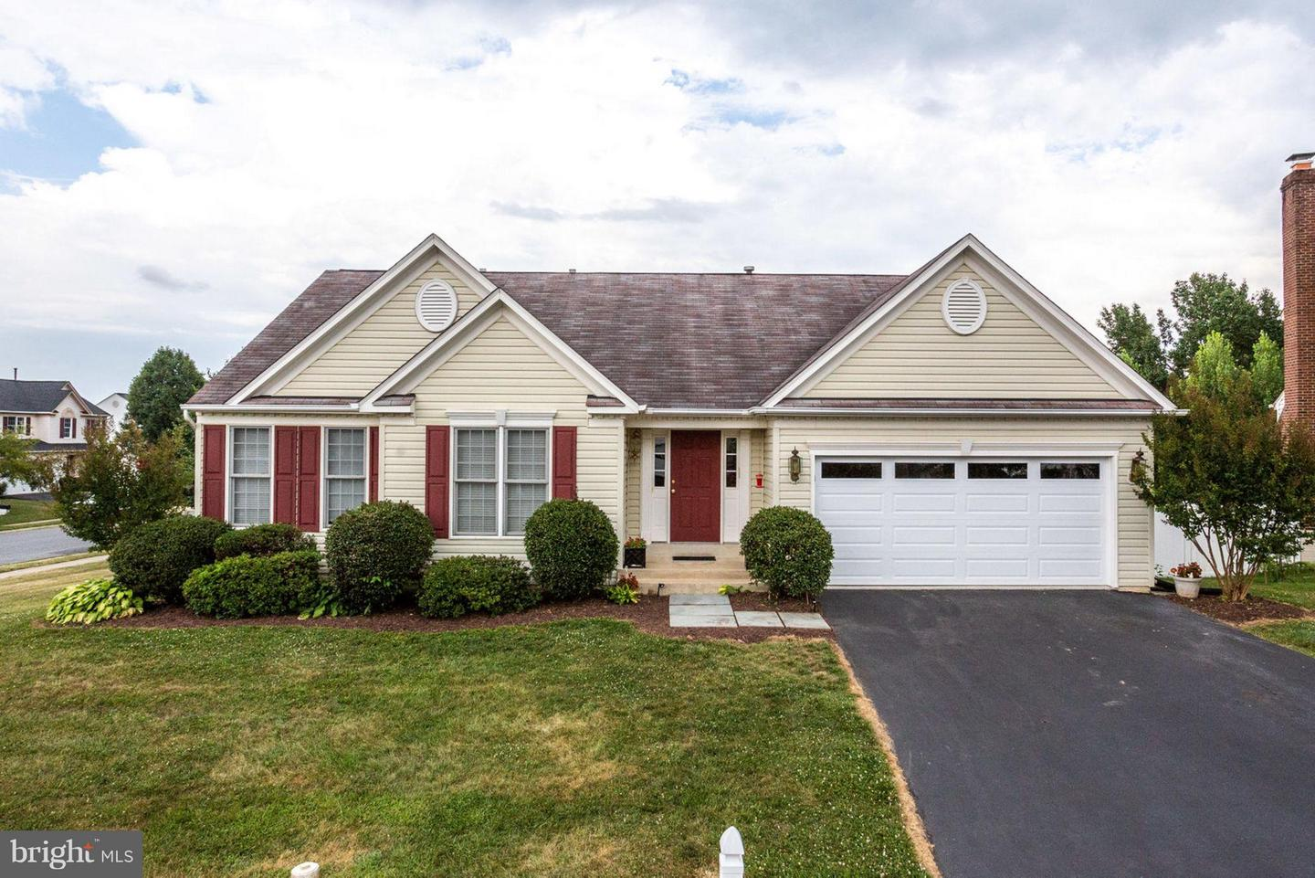 Single Family for Sale at 4301 Ferry Hill Ct Point Of Rocks, Maryland 21777 United States