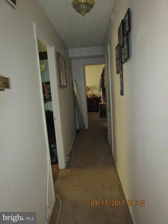 Hallway - 3813 SWANN RD #1, SUITLAND