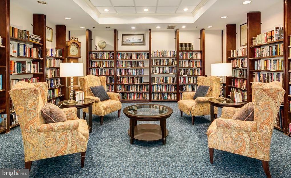 Library - 900 TAYLOR ST #810, ARLINGTON