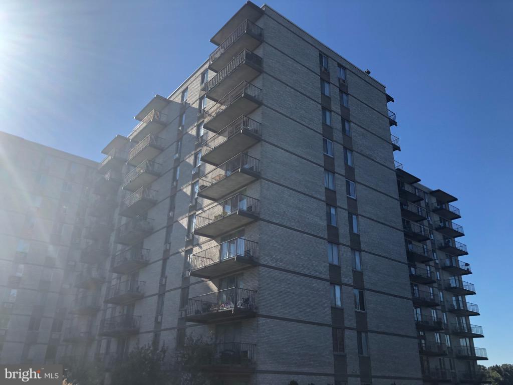 Falls Church Homes for Sale -  Tennis Court,  3245  RIO DRIVE  407