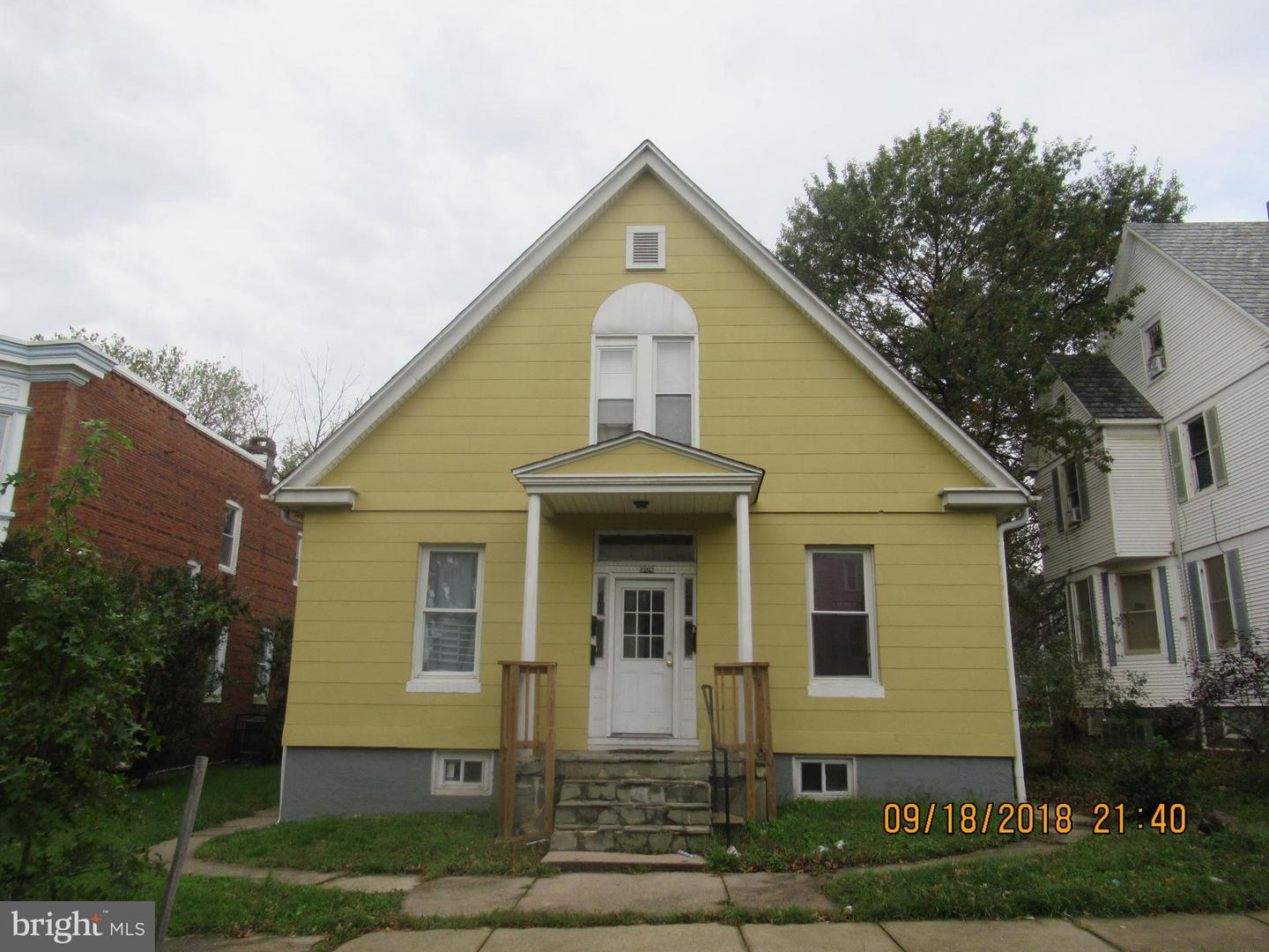 Photo of home for sale at 204 Augusta Avenue, Baltimore MD