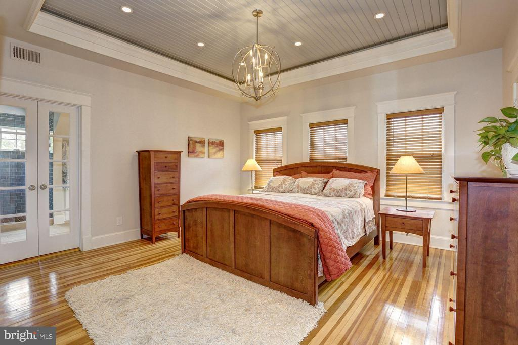 Bedroom (Master) - 209 N FILLMORE ST, ARLINGTON