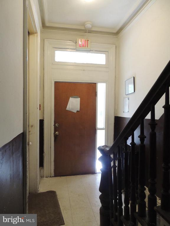 1st floor entrance - 1329 Q ST NW, WASHINGTON