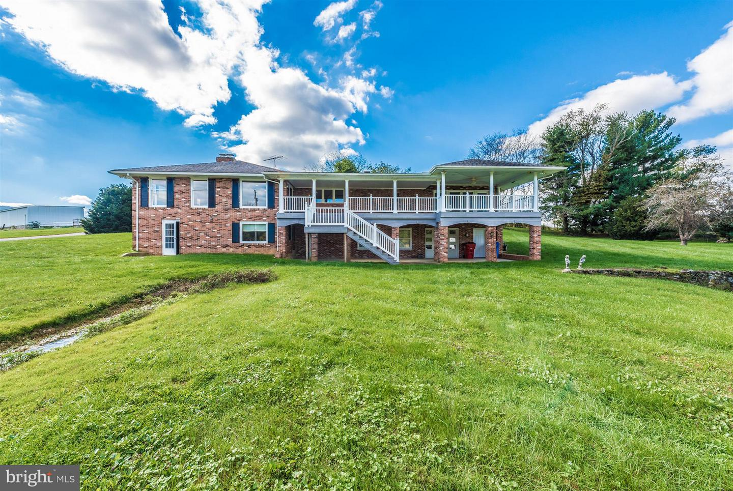 Farm for Sale at 5513 Mount Carmel Church Rd Keedysville, Maryland 21756 United States