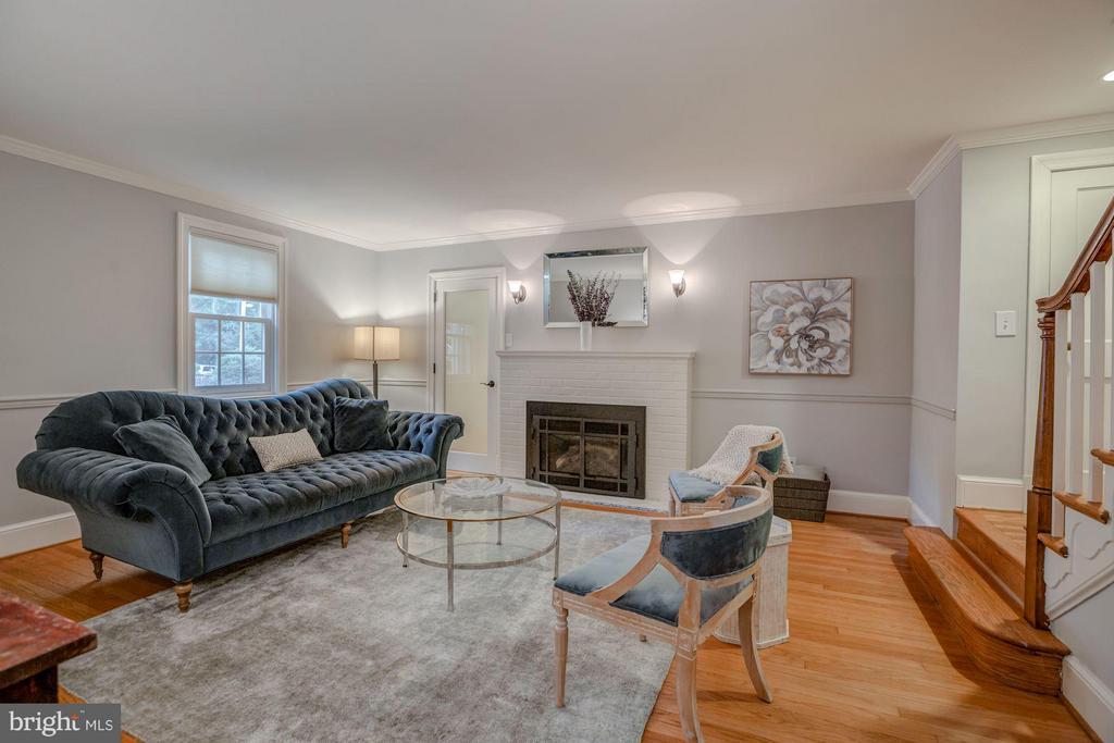 Living Room - 506 NORWOOD ST, ARLINGTON