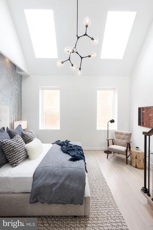Bedroom (Master) - 1313 LINDEN CT NE, WASHINGTON