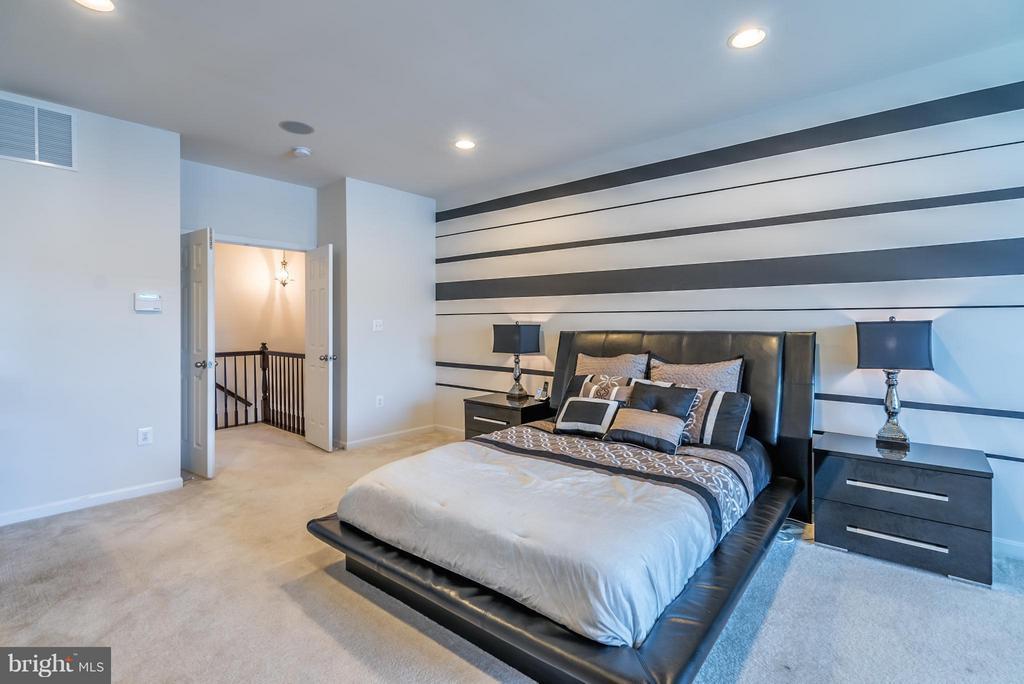 Master Bedroom - 9053 MARIA WAY, MANASSAS PARK