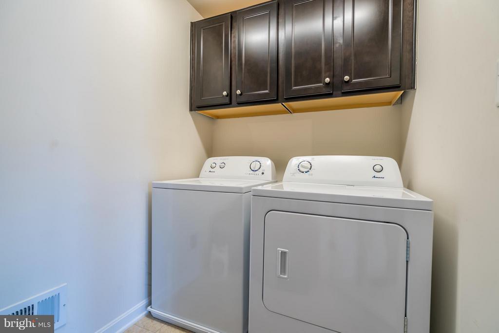 Washer and Dryer On Upper Level - 9053 MARIA WAY, MANASSAS PARK