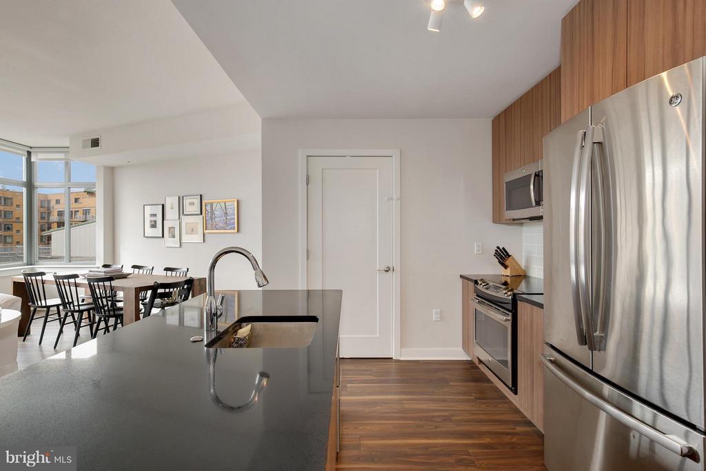 Kitchen - 460 NEW YORK AVE NW #807, WASHINGTON
