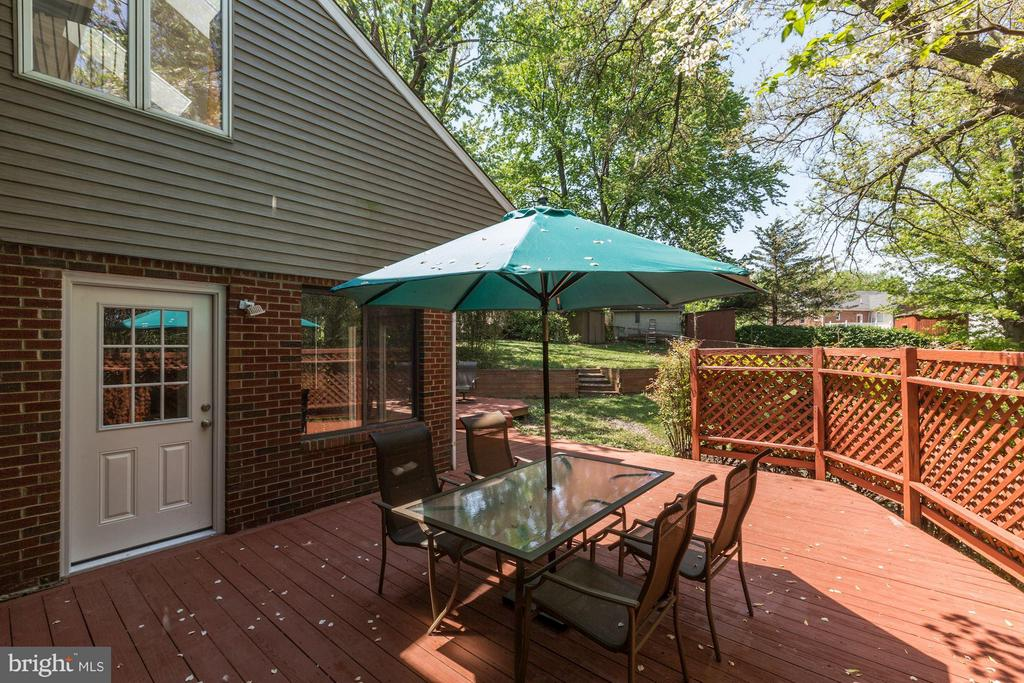 Rear Yard Deck (1 of 3) - 6053 MUNSON HILL RD, FALLS CHURCH