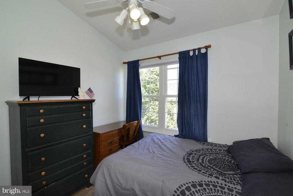 Bedroom - 5427 CRYSTALFORD LN, CENTREVILLE