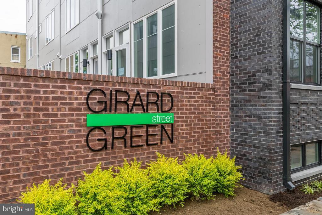 Girard St Gate - 2802 SHERMAN AVE NW #B, WASHINGTON