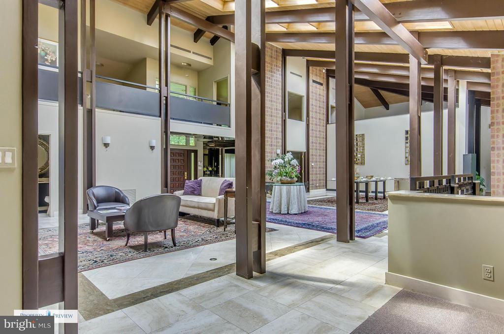 Living Room - 9024 BELCOURT CASTLE PL, GREAT FALLS