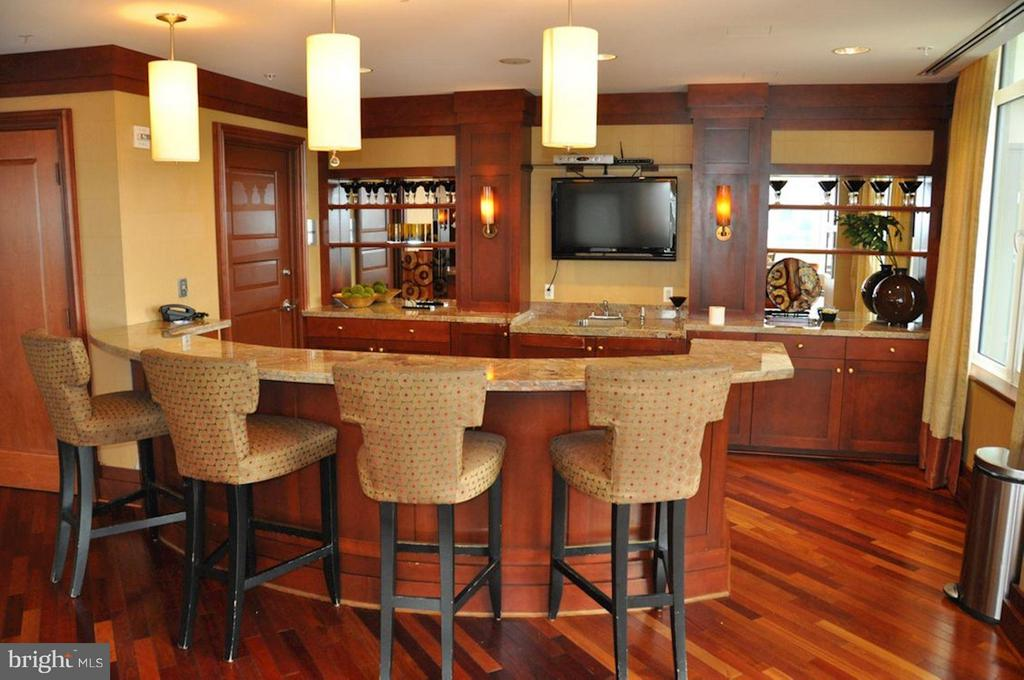 Community Party Room - 8220 CRESTWOOD HEIGHTS DR #714, MCLEAN