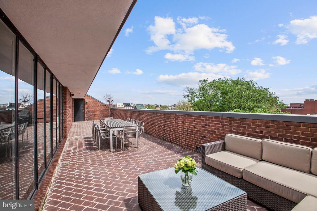 Private Terrace w/ Monument Views - 3251 PROSPECT ST NW #402, WASHINGTON