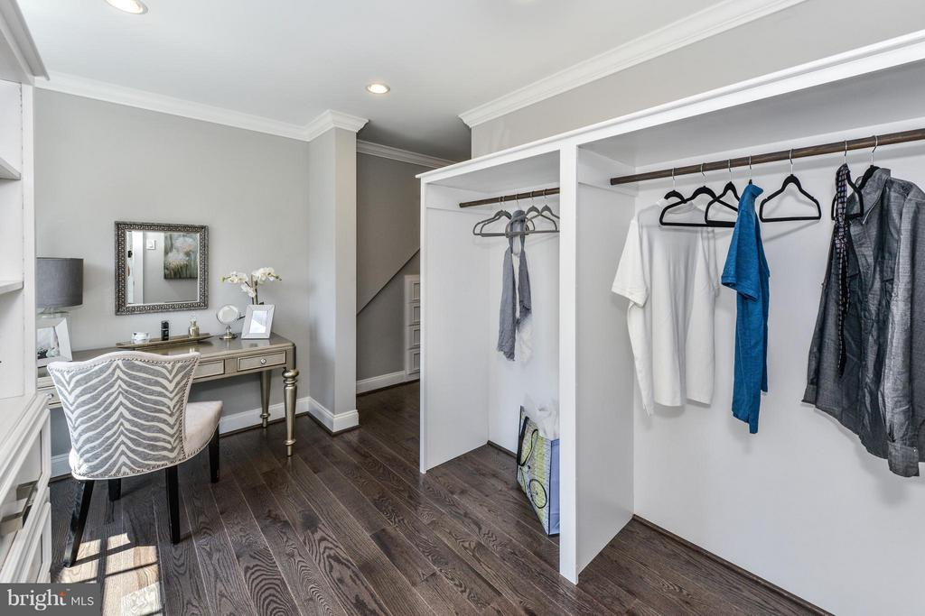 Spacious walk-in closet and private dressing room - 2779 WAKEFIELD ST, ARLINGTON
