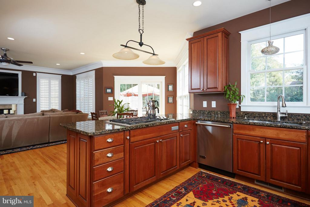 Kitchen - 6750 25TH ST N, ARLINGTON