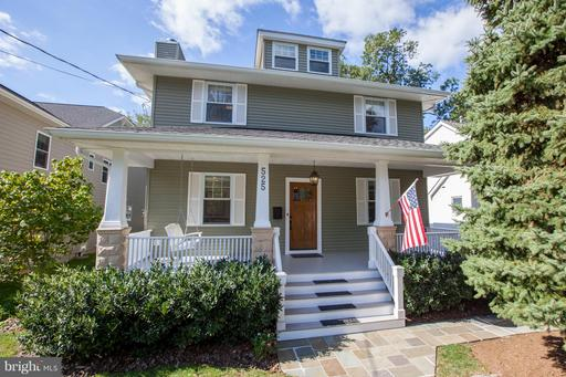Property for sale at 525 Great Falls St, Falls Church,  VA 22046