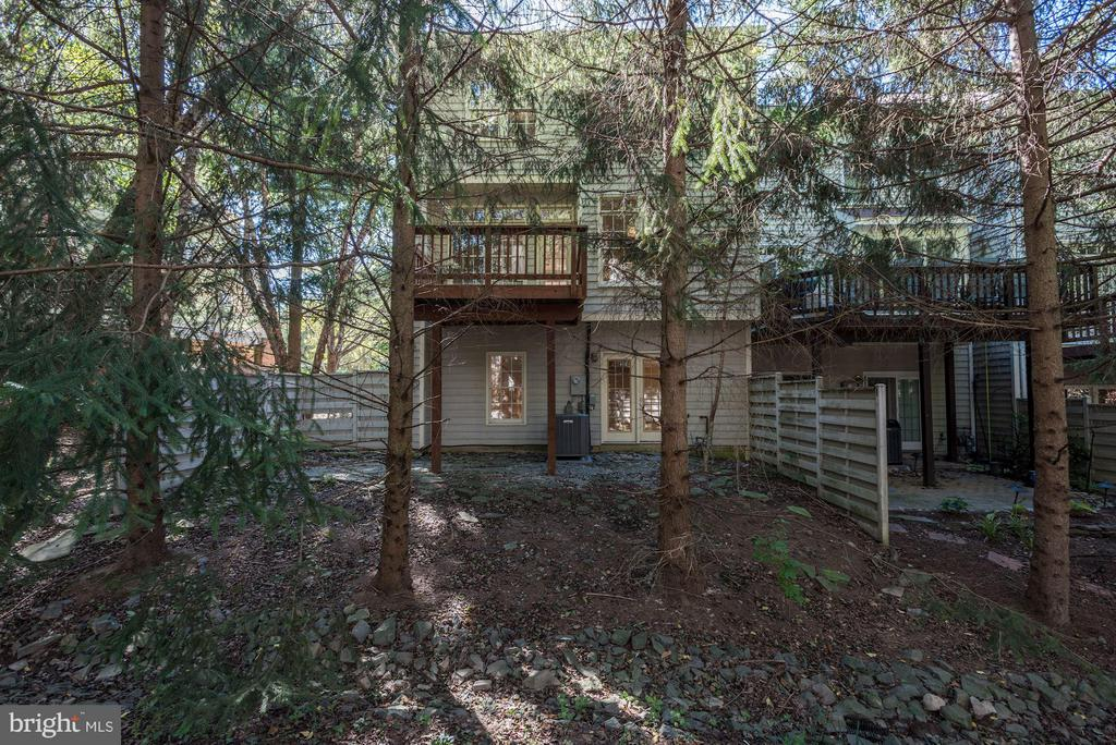 View of back of house - 1331 SUNDIAL DR, RESTON