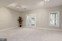 Lower level family room walks out to patio - 1331 SUNDIAL DR, RESTON
