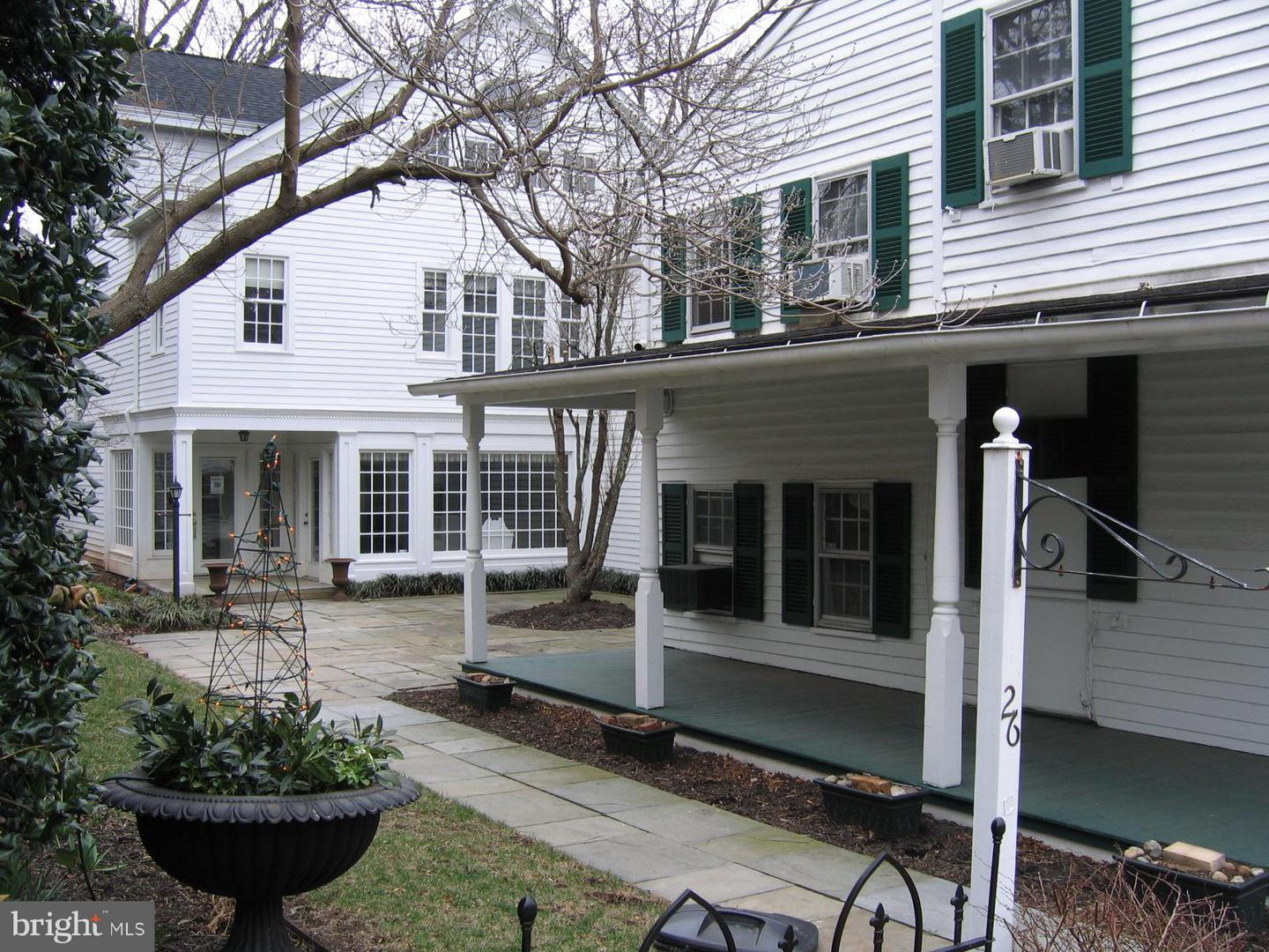 Other Residential for Rent at 26 King St N Leesburg, Virginia 20176 United States