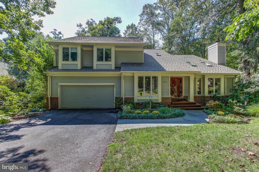 Welcome Home! - 1511 N VILLAGE RD, RESTON