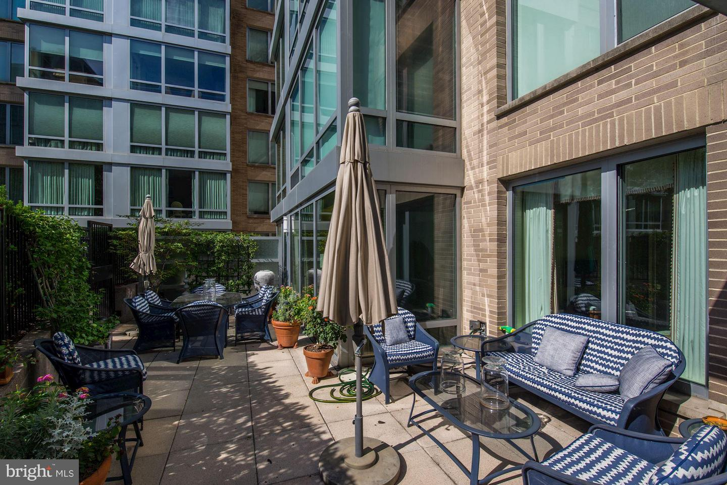 Single Family for Sale at 1155 23rd St NW #5k Washington, District Of Columbia 20037 United States