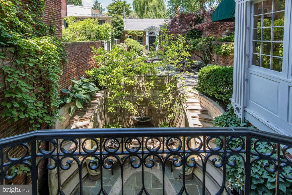 View of Garden - 3263 N ST NW, WASHINGTON